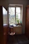Schreiben am Fenster zum blühenden Kirschbaum - sehr inspirierend
